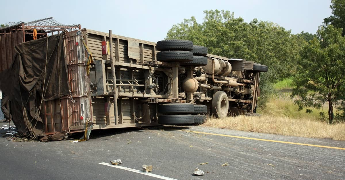 How to Know If You Have a Truck Accident Claim | Colombo Law